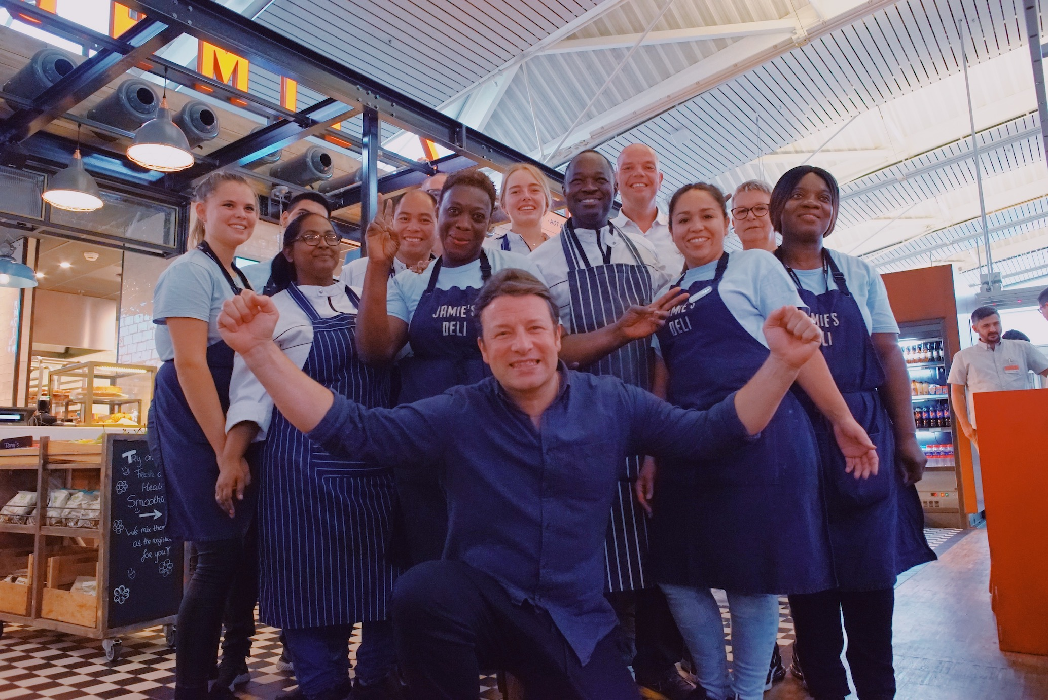 Jamie Oliver delights colleagues with flying visit to Jamie's Deli at Schiphol Airport